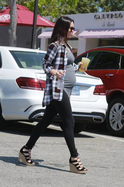 Megan Fox - Loosen Up