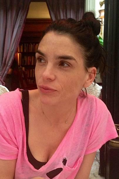 Leona (pretty in pink)