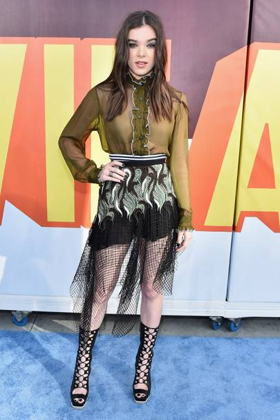 Hailee Steinfeld At The MTV Movie Awards