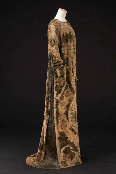 The Eleanora Dress C 1912 By Mariano Fortuny Made From Gold Embossed Silk Velvet Pleated Taffeta Cord And Gl Pearl Beads See