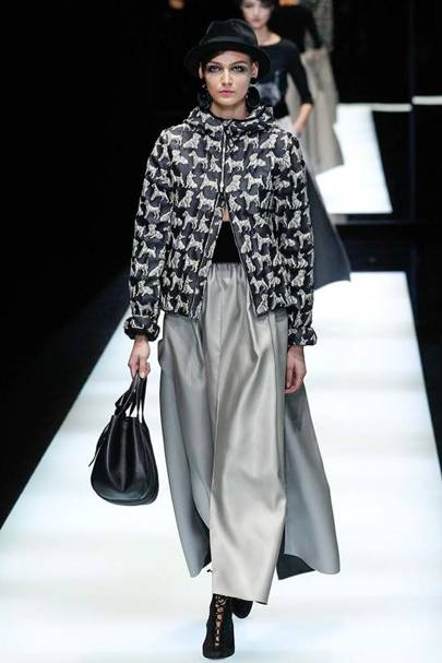 f4b3f1d86d45 Giorgio Armani Autumn Winter 2017 Ready-To-Wear show report ...