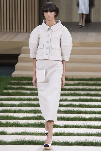 58483fe41386 Chanel Spring Summer 2016 Couture show report