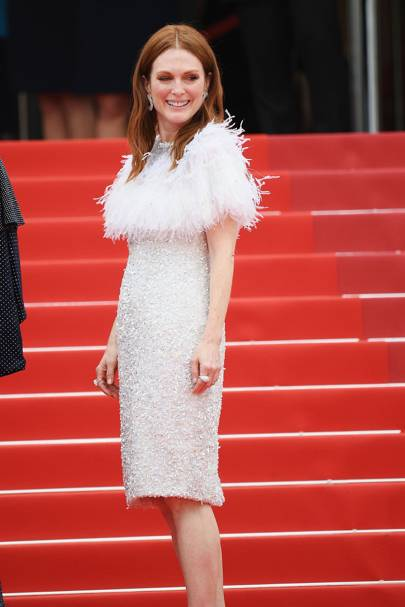 4. Julianne Moore in Chanel
