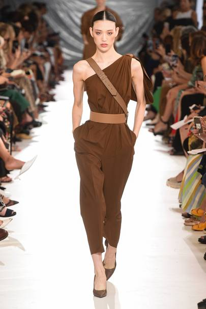 02499f9fc6c5 Max Mara Spring Summer 2019 Ready-To-Wear show report