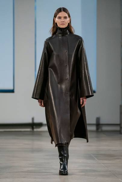 d026fe86635b The Row Spring Summer 2018 Ready-To-Wear show report