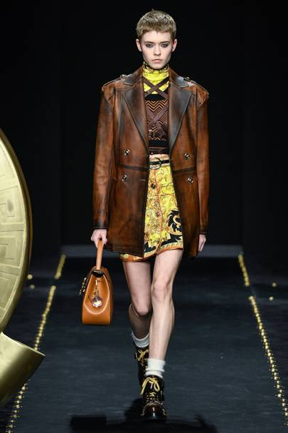 06114c1f24 Versace Autumn Winter 2019 Ready-To-Wear show report
