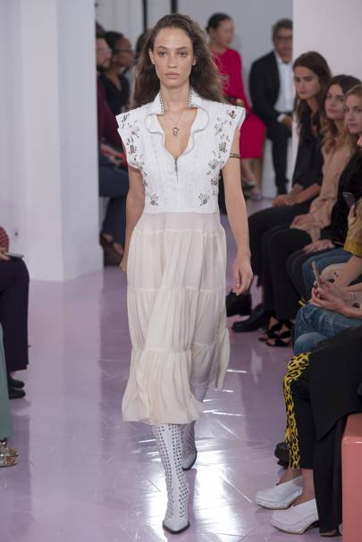 9a20b858890a0 Chloé Spring Summer 2018 Ready-To-Wear show report