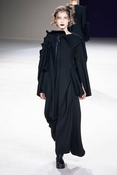 0d8ebe0daa60 Yohji Yamamoto Autumn Winter 2019 Ready-To-Wear show report ...