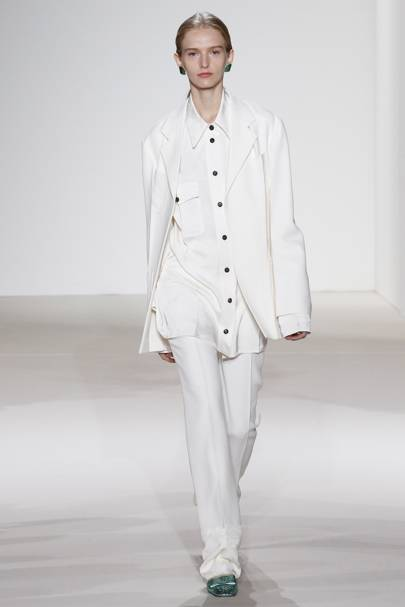 Victoria Beckham Spring Summer 2018 Ready-To-Wear show report ... 8d5bf7bb7a