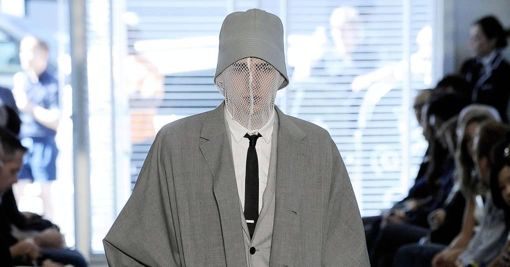 232fc3565 Thom Browne Spring/Summer 2010 Menswear show report | British Vogue