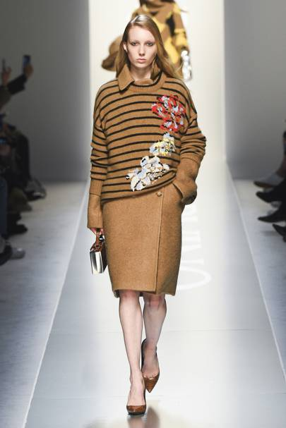 Ermanno Scervino Autumn Winter 2018 Ready-To-Wear show report ... cdde609f4d0