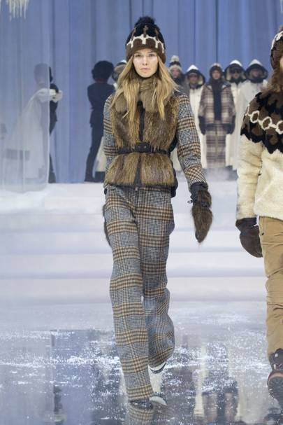 report moncler video completo