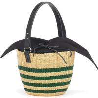 Munñ: straw bag