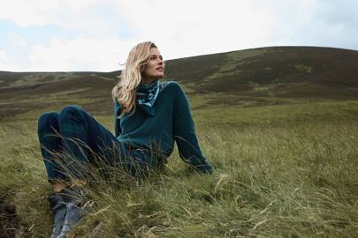 0ee631f8518d After a successful collaboration with GP & J Baker, H&M has tapped another  British print brand to inject some quintessential craftsmanship into its ...