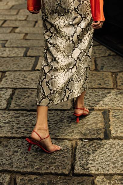 Barely-there Shoes Are The Wardrobe Throwback That Street-Stylers Want Now