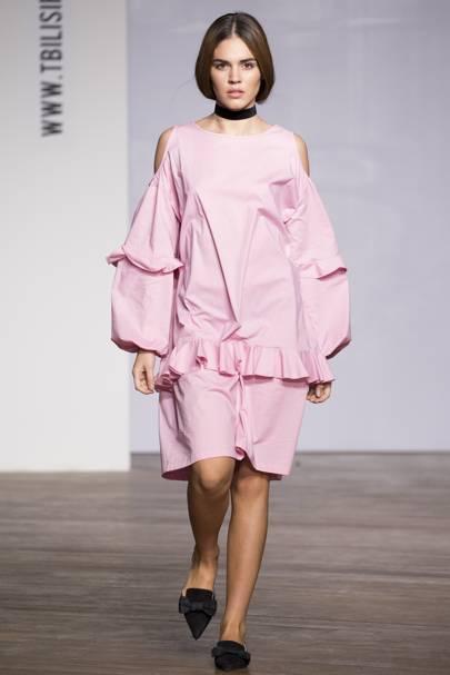 1011f73c812b3 Miro Spring/Summer 2018 Ready-To-Wear show report | British Vogue