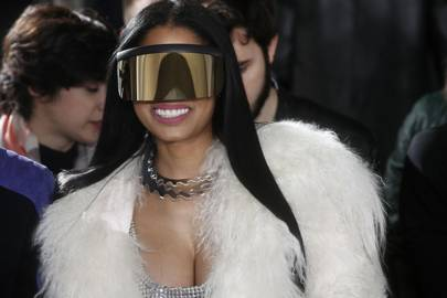Nicki Minaj signs with modelling agency