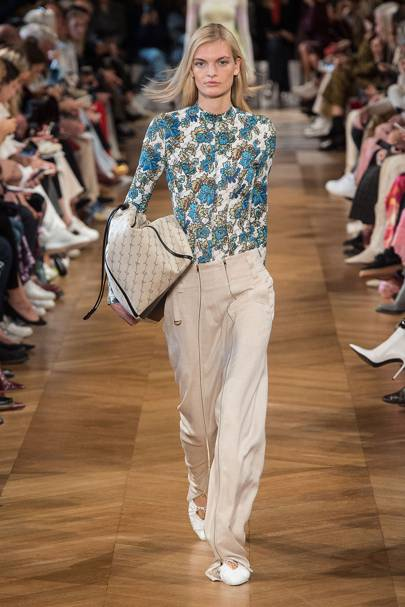 huge sale 79b31 577f5 Stella McCartney Spring Summer 2019 Ready-To-Wear collection