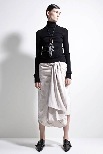 The 'shkirt' (shirting-skirt) is autumn's key piece