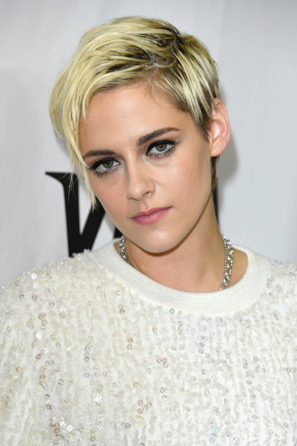 Kristen Stewart Hairstyle Hair Colour Pictures 2002 To 2012