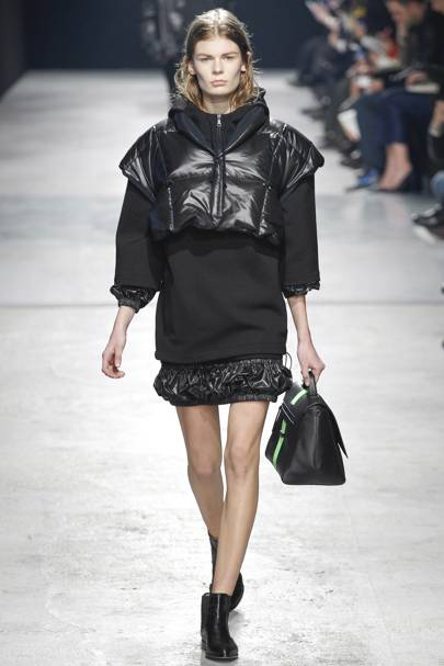 e8a9705ed2b23 Christopher Kane Autumn Winter 2014 Ready-To-Wear show report ...