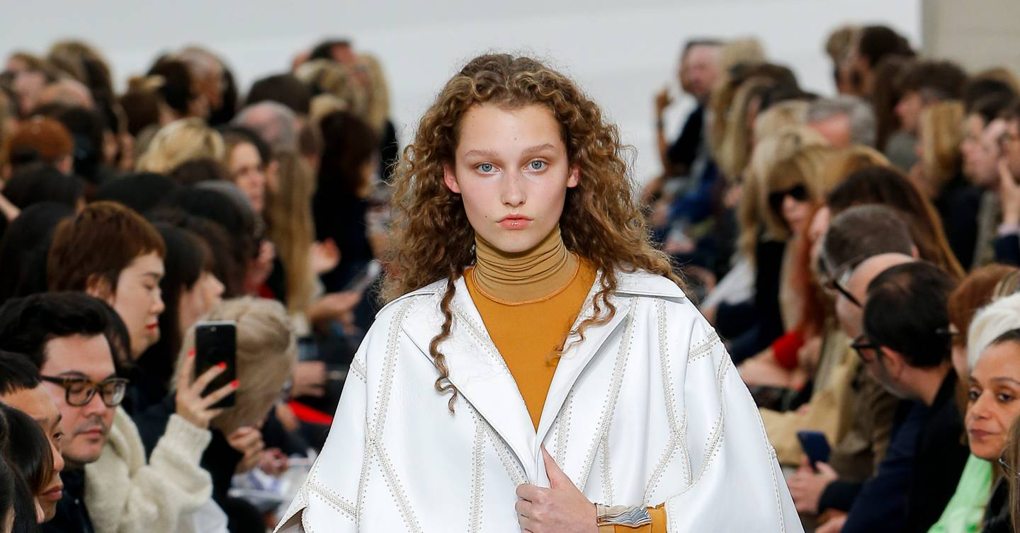 721ef2783c55 Celine Spring Summer 2018 Ready-To-Wear show report