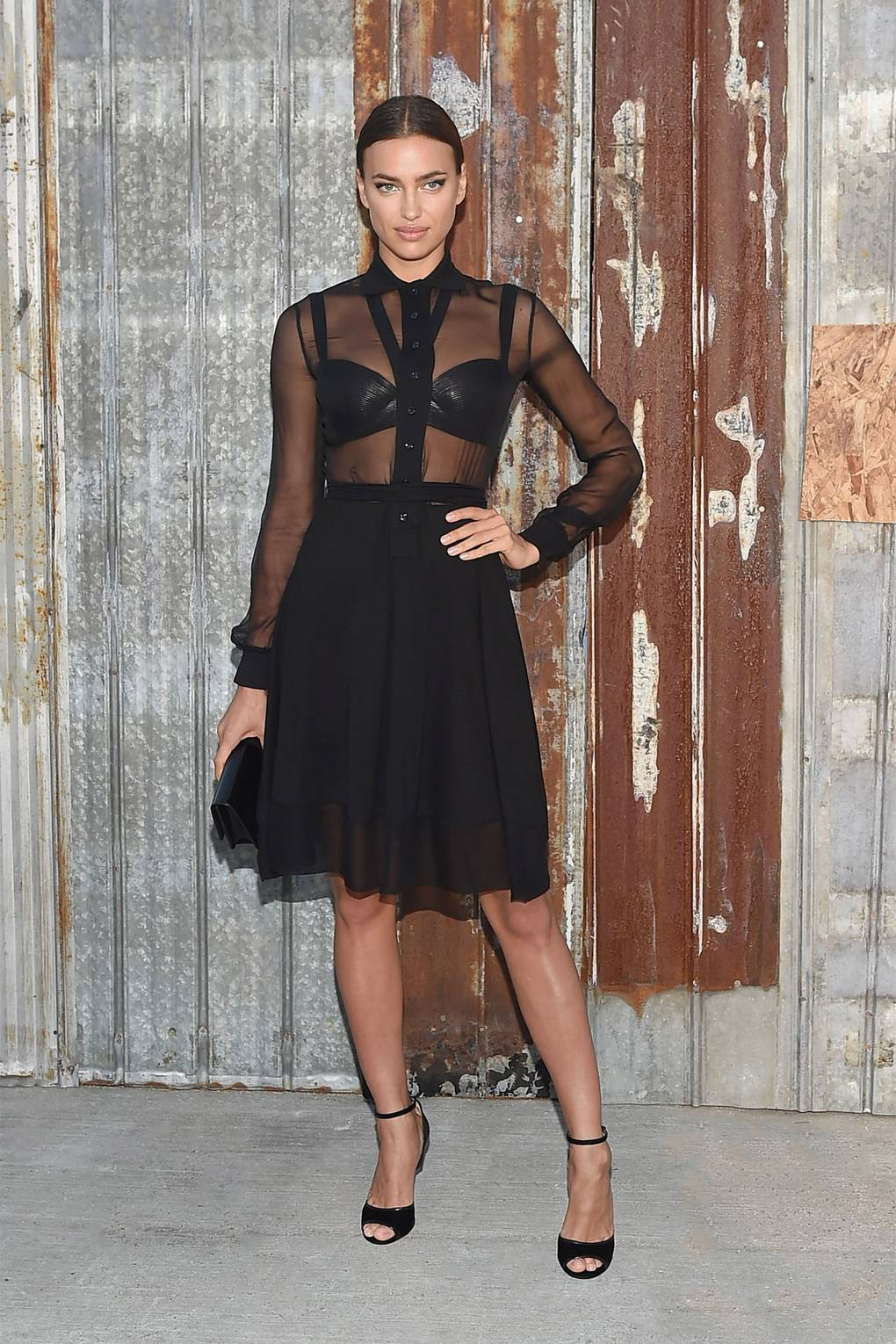 d60d7111ff5 Irina Shayk s best outfits according to Vogue