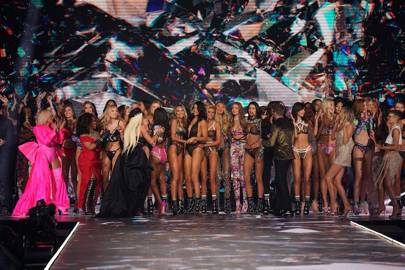 dd21f224f28 Victoria s Secret Fashion Show 2018  Everything You Need To Know ...