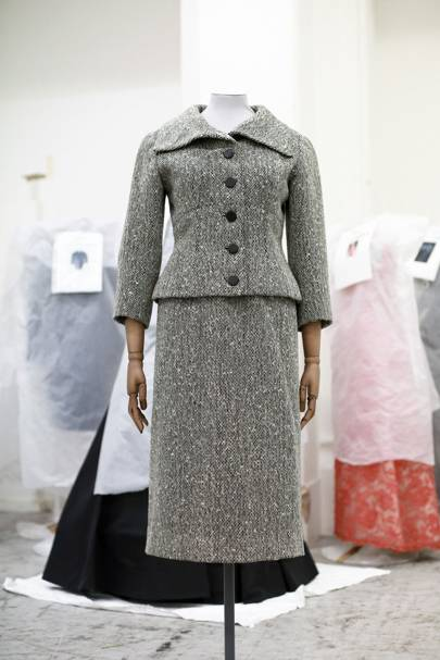The 1954 wool tweed linen skirt suit by Cristobal Balenciaga in 1954