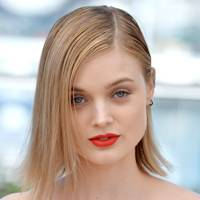 The Neon Demon Photocall - May 20 2016