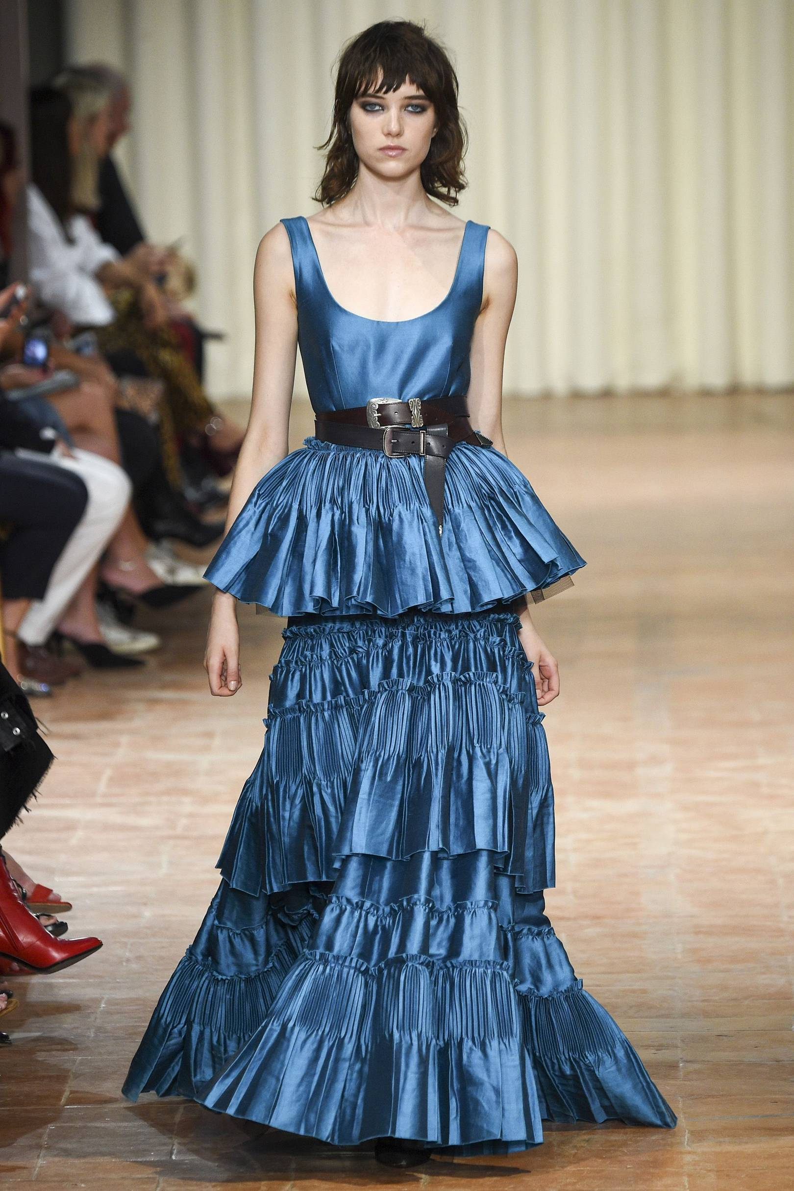 Award Season Gown Predictions From The Spring/Summer 2017 Shows ...