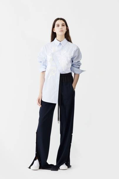 fa93a85f777 Cedric Charlier Spring Summer 2018 Ready-To-Wear show report ...