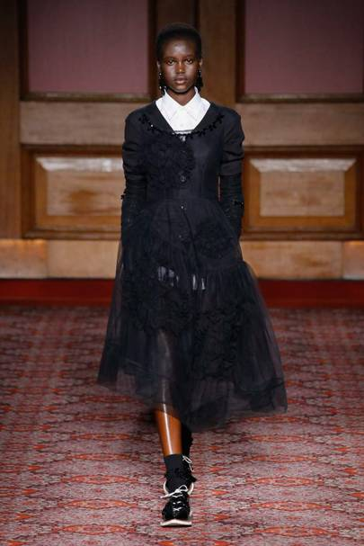 Simone Rocha Autumn/Winter 2018 Ready-To-Wear Collection