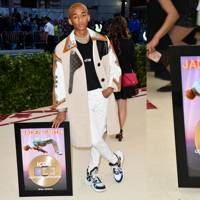 Jaden Smith Brings A New Meaning To Red-Carpet Promo